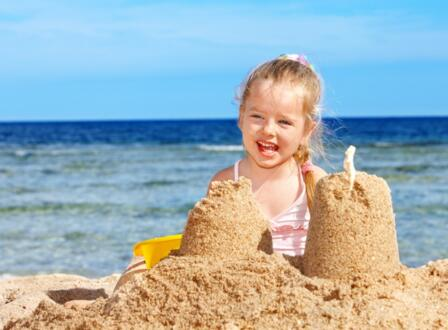 Offer Low-Cost June Rimini in a seaside hotel with beach included and free children
