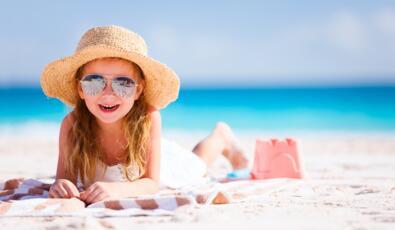 Offerta Fine Agosto in Hotel a Rimini Fronte Mare con Piscina e Bimbo Gratis