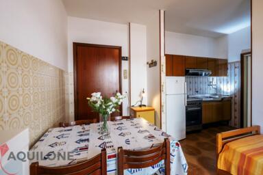 mini-appartamento per 4 persone in affitto per le vacanze a Riccione - MENO