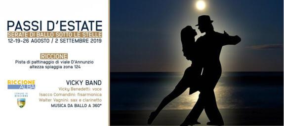 PASSI D'ESTATE | serate di ballo sotto le stelle a Riccione con la Vicky Band