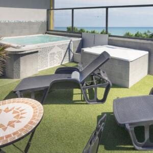 Offer After Ferragosto, Hotel in Rimini with Parking and Private All Inclusive Pool
