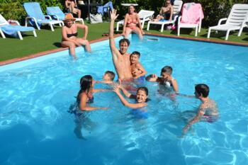 Offerta  Settimana  Luglio  in Hotel al Mare con Spiaggia compresa a Rimini