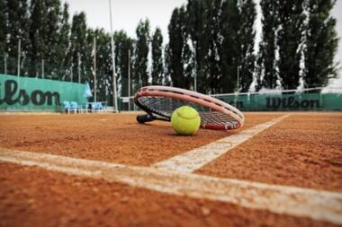 TENNIS & PADEL TENNIS