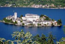 Fuga romantica di Primavera sul Lago d'Orta (con omaggio giro in barca)