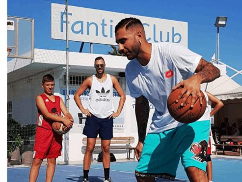 APPUNTAMENTO AL 2021 - AraCamp: Camp di Basket con Pietro Aradori