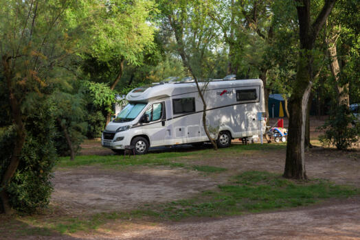 Holidays on a pitch in a seaside camping village in Bibione. Weekend special.