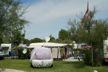 Pentecost in Italy? Discounts of tent or camper van pitches!