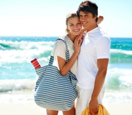 Offerta soggiorno di Aprile e Maggio in villaggio sul mare con camere romantiche per coppie