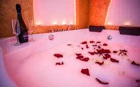 Love&Spa Package