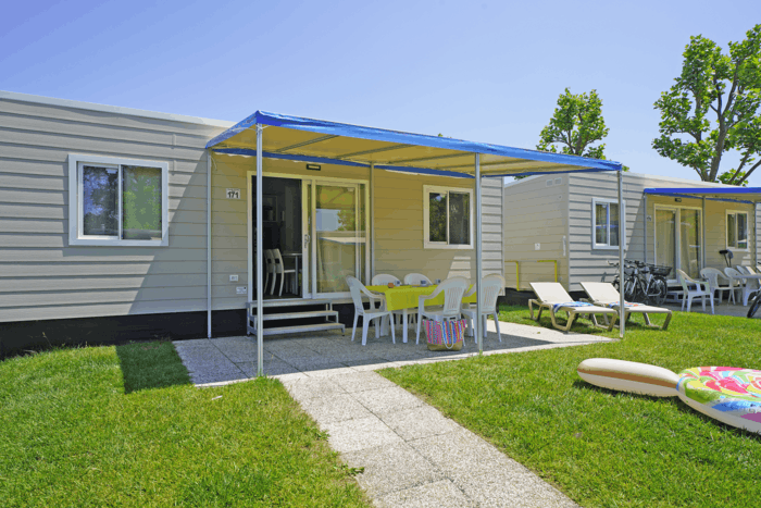 SPECIAL OFFER JULY AND AUGUST MOBILE HOME ON LAKE GARDA