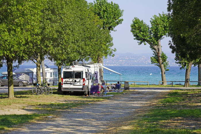 BOOK NOW YOUR HOLIDAY IN 2021 ON A PITCH ON LAKE GARDA