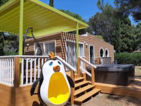 Offerta camping in Toscana con case mobili a tema Freddy per famiglie