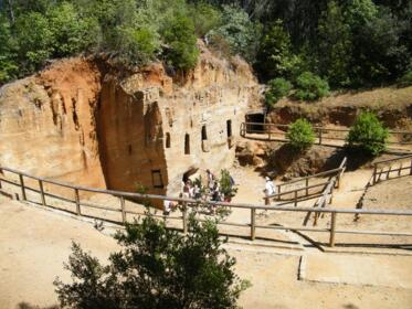 Holidays in Tuscany: archaeology and nature in Val di Cornia