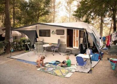 Offer for a weekend on a camping pitch in Tuscany