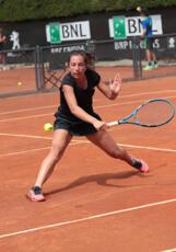 Anastasia Piangerelli si guadagna un posto nel tabellone principale nel torneo ITF di Schio