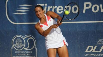 WTA Stuttgart: Barberi, excellent debut.