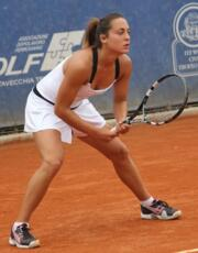 WTA Oeiras: Barberi at the start of qualifying.