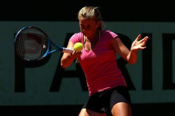 WTA Strasbourg: Kovalets and Barbieri defeated.