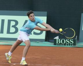 ITF Junior Kelibia: De Rossi hits the quarter.
