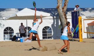 Mediterranean Beach Games: buona la prima per le coppie del beach tennis.