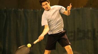 Ruffinelli Indoor Open: Bertuccioli vola nei quarti. Stramigioli rimonta Grossi.