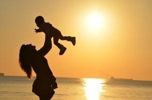 Perdita di capelli durante l'allattamento: non allarmartevi