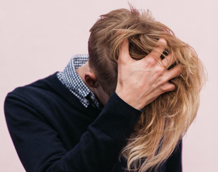 Prodotti per la ricrescita dei capelli uomo: scegliamo quelli giusti