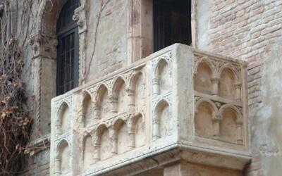 Autotrapianto di capelli a Verona: affidatevi ad HairAid