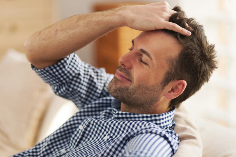 Infoltimento non chirurgico dei capelli: il metodo HairAid