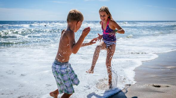 Zweite Hälfte Juni 2020: Urlaub mit Kind unter 6 Jahren bleibt gratis
