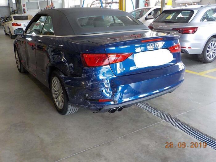 Riquadratura Audi A3 cabio