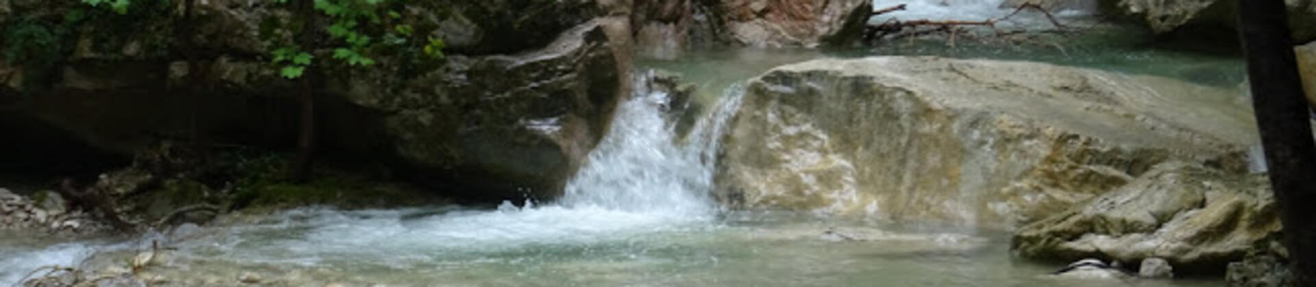 Escursione di un giorno: Gole del Salinello e Valle Vaccaro