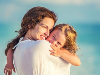 Speciale offerta festa della mamma in hotel sul lago di Garda con centro benessere