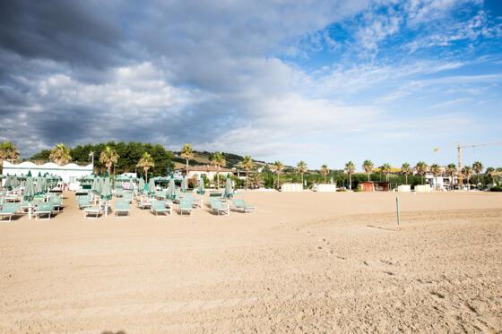 Prezzi Servizio Spiaggia Chalet Nove Nove