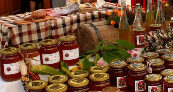 Châtillon: sagra del miele e i suoi derivati