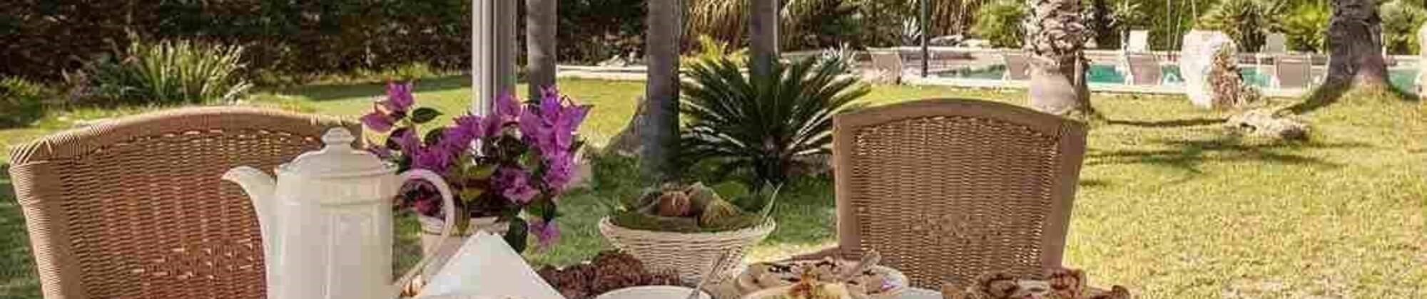Agriturismo in Salento: un'accoglienza tipica tra ulivi millenari e mare caraibico