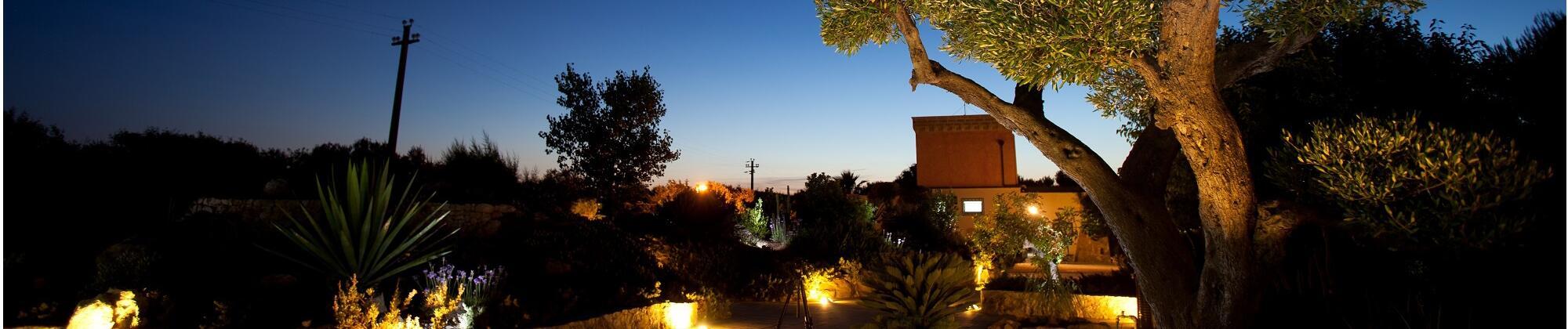 Scegli la primavera per visitare il Salento: relax e risparmio!