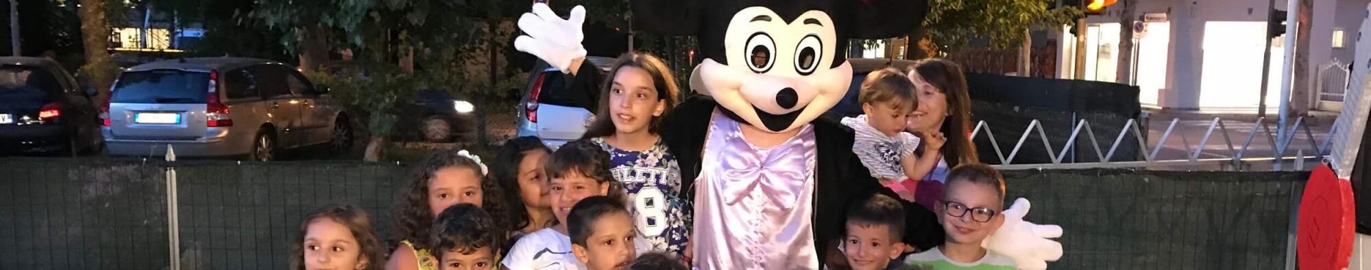 La tua vacanza a Riccione a due passi dalla spiaggia: ecco la Disney-Week di Giugno!