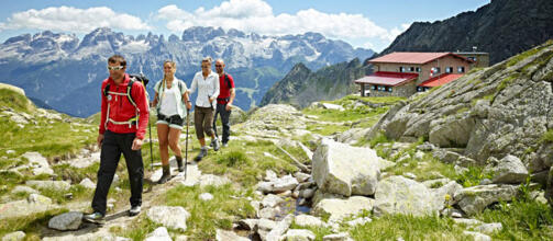 EXCURSIONS AND GUIDED TOURS ON THE DOLOMITES