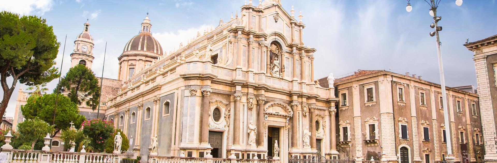 Ein Spaziergang im historischen Zentrum von Catania: Was gibt es zu sehen?