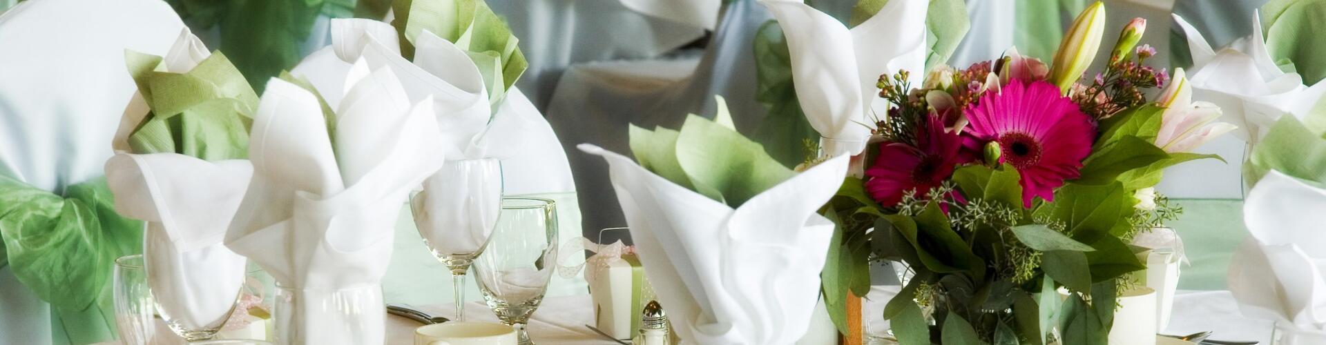 Promozione prova menù nuziale in regalo per gli sposi e visita alle sale da ricevimento