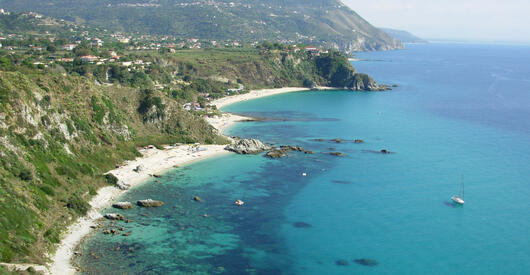 Offerta maggio e inizio giugno a Capo Vaticano: prenota prima e risparmia per le tue vacanze al mare