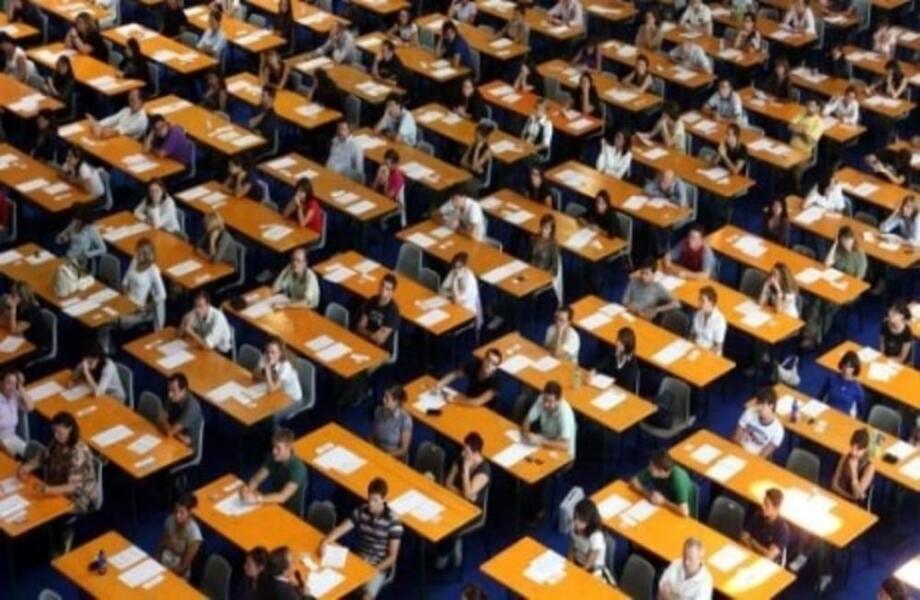 Stai cercando un hotel con navetta dove soggiornare per l'esame degli avvocati a Rimini