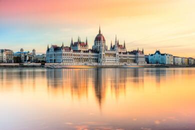 sanmarinoviaggivacanze it ungheria-a-budapest-la-parigi-dellrsquoest-372 001