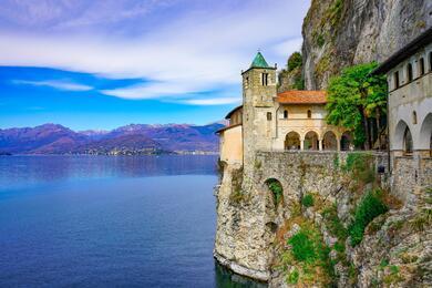 sanmarinoviaggivacanze en lake-maggiore-a-between-lakes-islands-and-beautiful-gardens-480 004