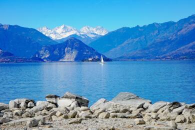sanmarinoviaggivacanze en lake-maggiore-a-between-lakes-islands-and-beautiful-gardens-480 003