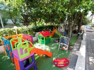 Giardino: area giochi per i bambini