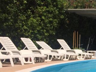 La nostra piscina: sole, gioco e relax