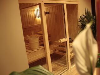 Ecco la Sauna Finlandese, dopo un bagno di calore a 90° anche la più calda delle serate estive sembrerà freschina...