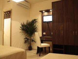 Le stanze sono tutte elegantemente arredate e dotate di ogni confort